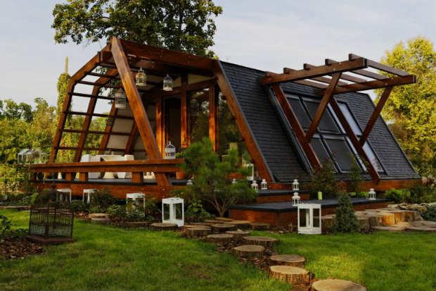 Case In Legno Romania : Bioedilizia arrivano dalla romania le nuove case in legno