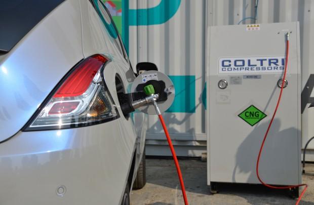 Biometano da acque reflue: a Milano il primo distributore per auto